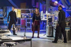 Supergirl 2x20-7