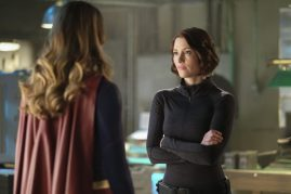 Supergirl 2x21-14