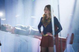 Supergirl 2x22-5