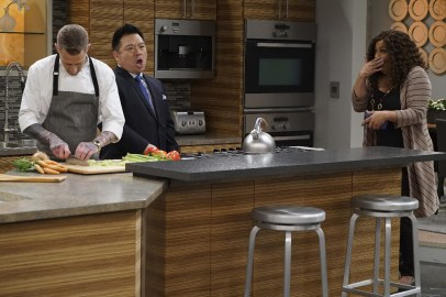 Young & Hungry 5x10 - 12