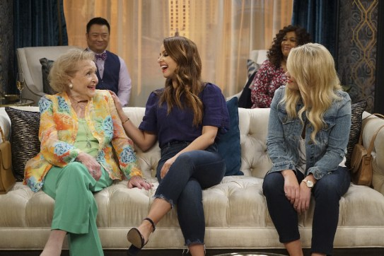 Young and Hungry 5x08 - 13