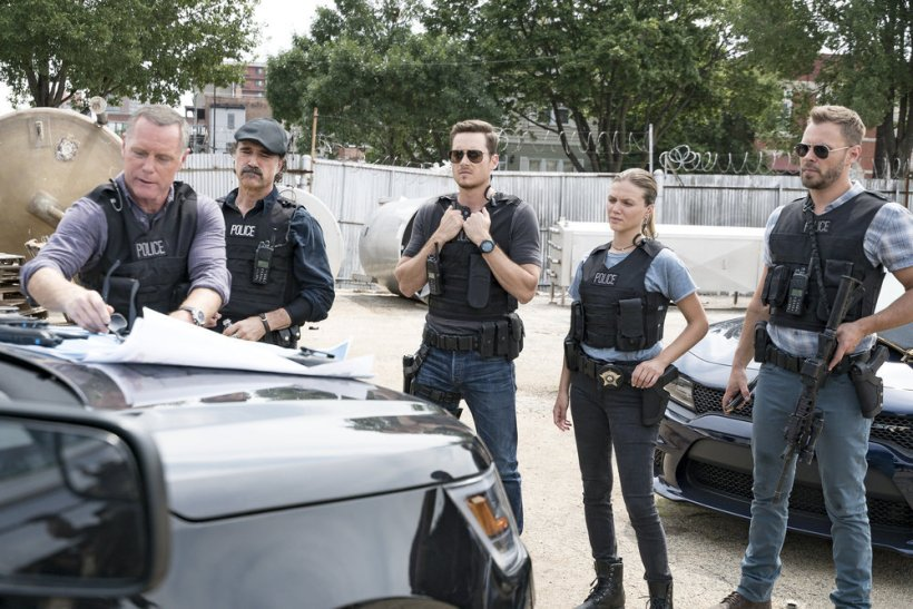 "Chicago P.D. 5x01 ""Reform"" Synopsis, Promotional Photos & Preview [PREMIERE]"