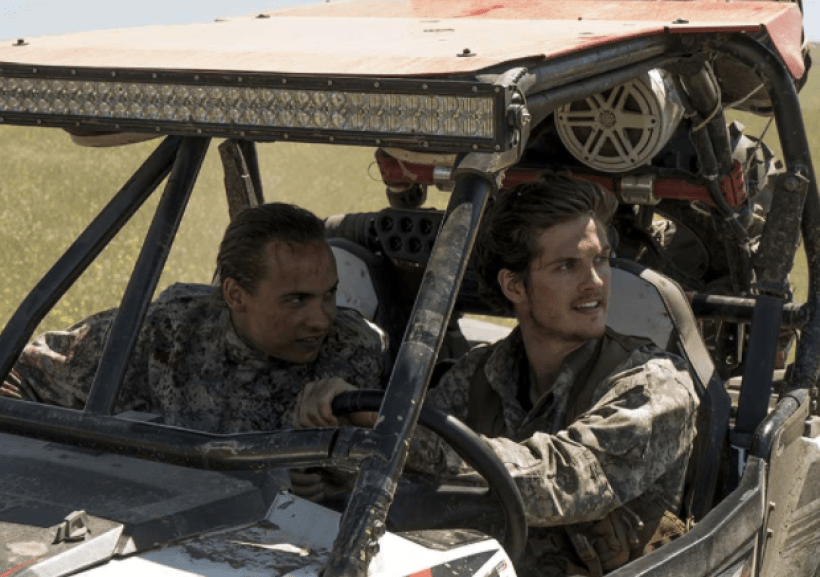 Frank Dillane as Nick Clark with Daniel Sharman as Troy Otto n the Fear The Walking Dead Midseason Premiere