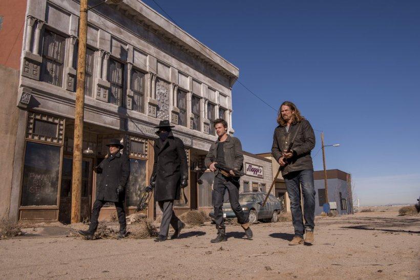 "Midnight Texas 1x10 ""The Virgin Sacrifice"" Synopsis, Photos & Preview [FINALE]"