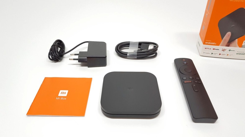 F:\Products 1TB\Xiaomi Mi Box S\pics\Xiaomi Mi Box S IN the box contents.
