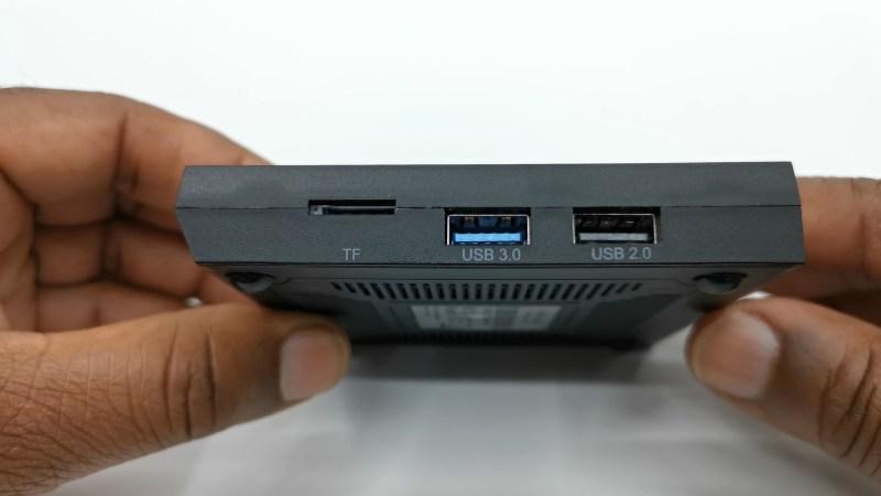 Mecool KM6 Classic side ports