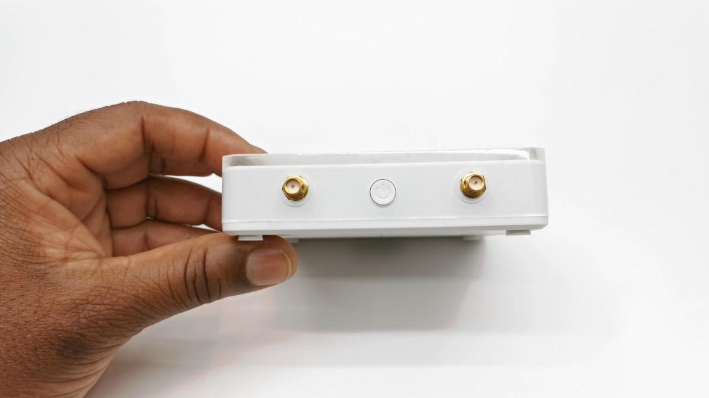 Ugoos AM7 Antenna connectors