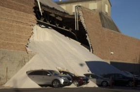 Collapsing-Building-China-TVCNews