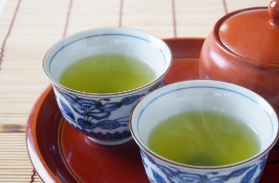 花粉症対策にべにふうき茶が有効