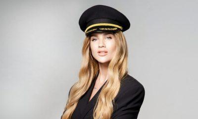 Kaorlina Gilon w czapce lotnika