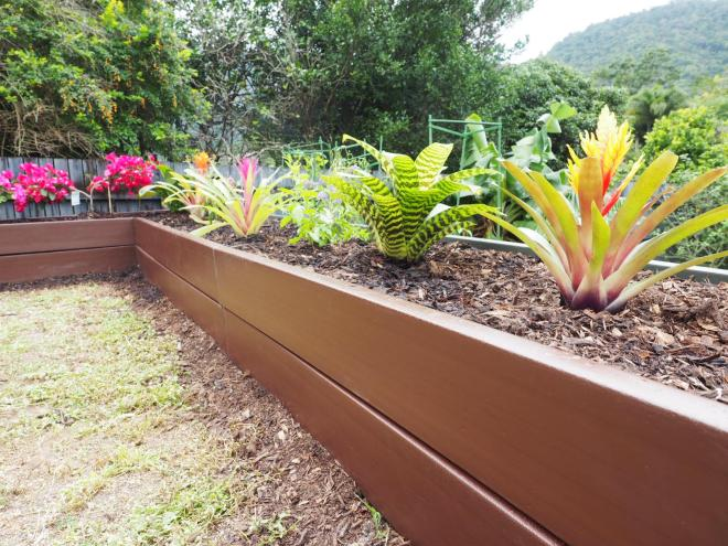 ReGen wall garden bed made from recycled plastic