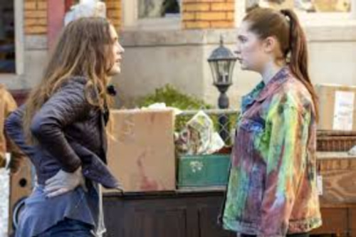 Shameless Debbie and Sandy season 11 episode 6