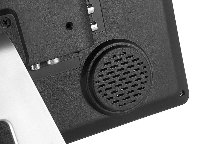 17 inch VGA monitor with ISDB-T