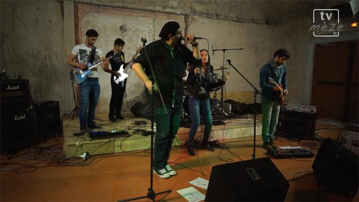 """Les Battles Rock de Mèze : Groupe Soundgear :""""La mauvaise réputation"""" de Georges Brassens"""