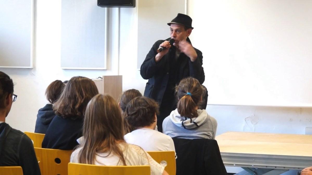 Christian Olivier au collège Jean Jaurès de Mèze