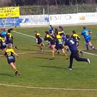 """""""Les Rosé Noir"""", le rugby féminin à Mèze"""