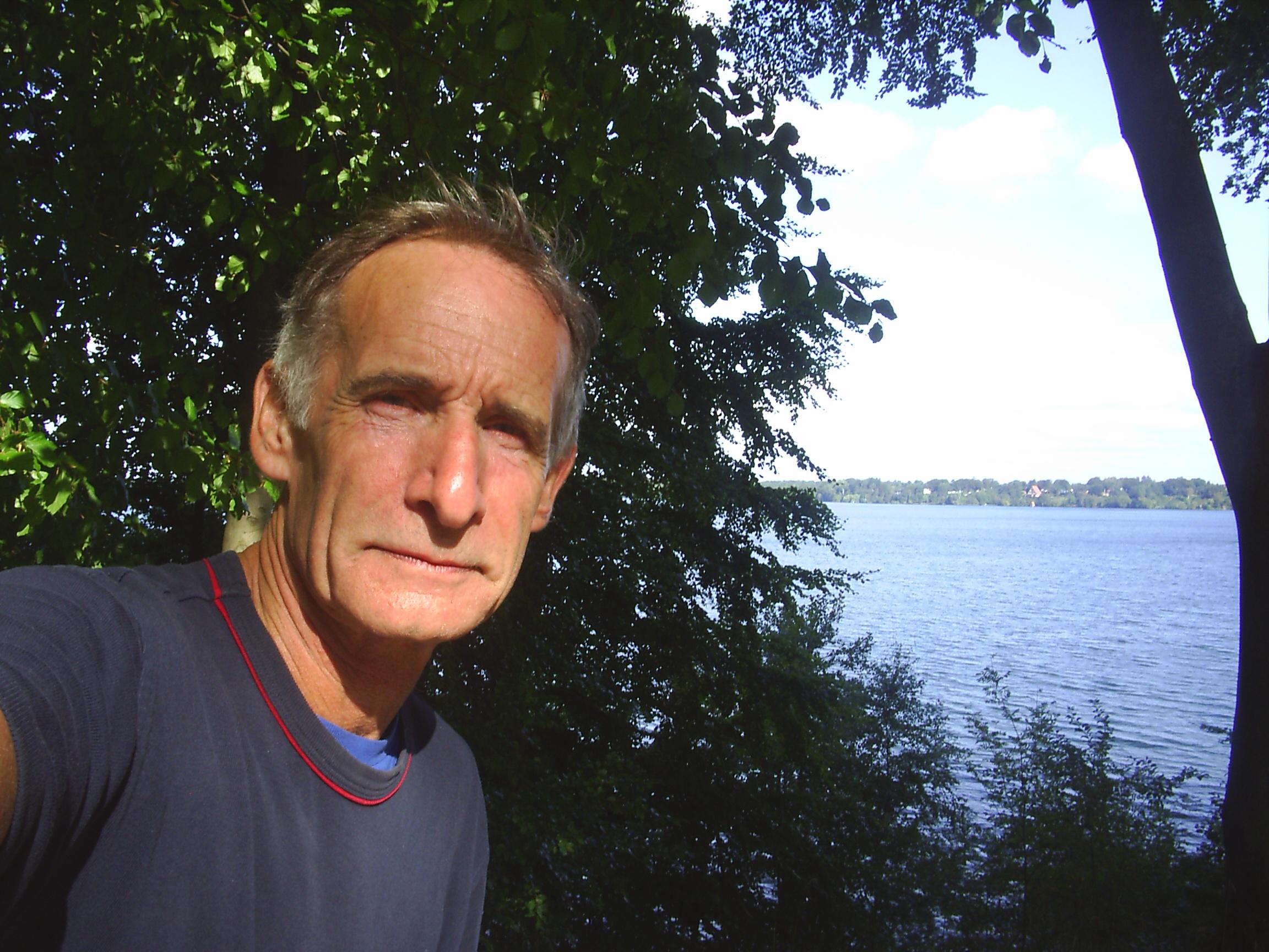 Erik K Abrahamsen, born 1945 in Skagen, Denmark. Photo september 2008 by Furesøen, Nordsjælland.