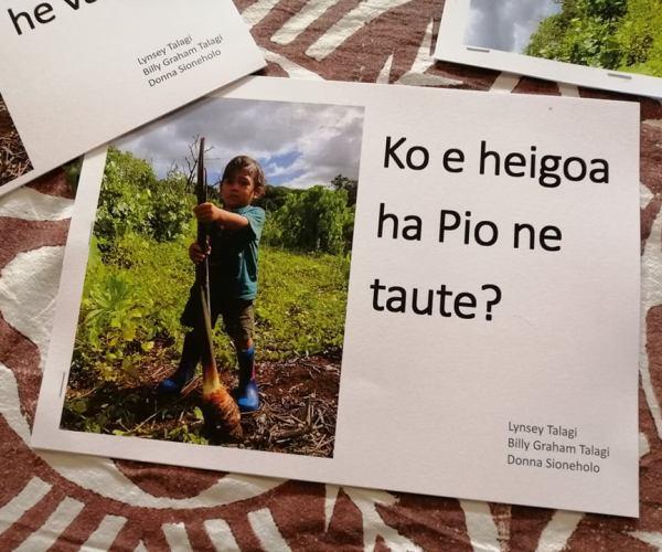 USP Vagahau Niue students publish books