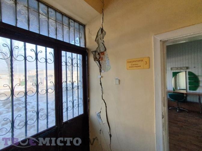 У Львові руйнується історичний будинок на вул. Городоцькій