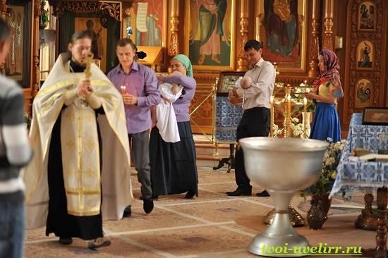 Крещение-в-церкви-3