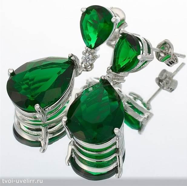 Зелёный-камень-Популярные-зелёные-камни-7
