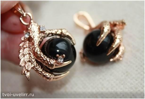 Чёрный-камень-Популярные-чёрные-камни-11
