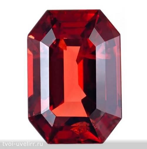 Яхонт-камень-Описание-и-свойства-яхонта-3