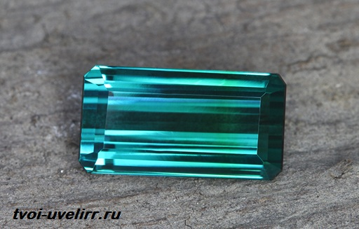 Индиголит-камень-Свойства-применение-и-цена-индиголита-4