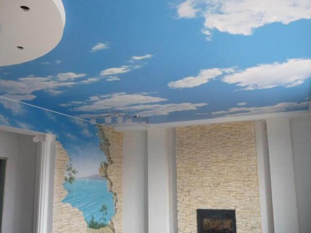 потолок и стена камень