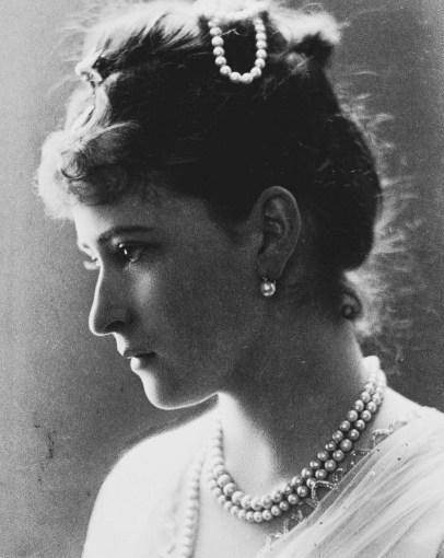 Святая преподобномученица Елизавета Федоровна. Жизнь в фотографиях