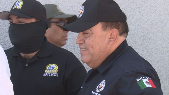"""The """"Vicentillo"""" points to """"chuy toño"""" in the trial of the """"chapo"""" Guzmán """""""
