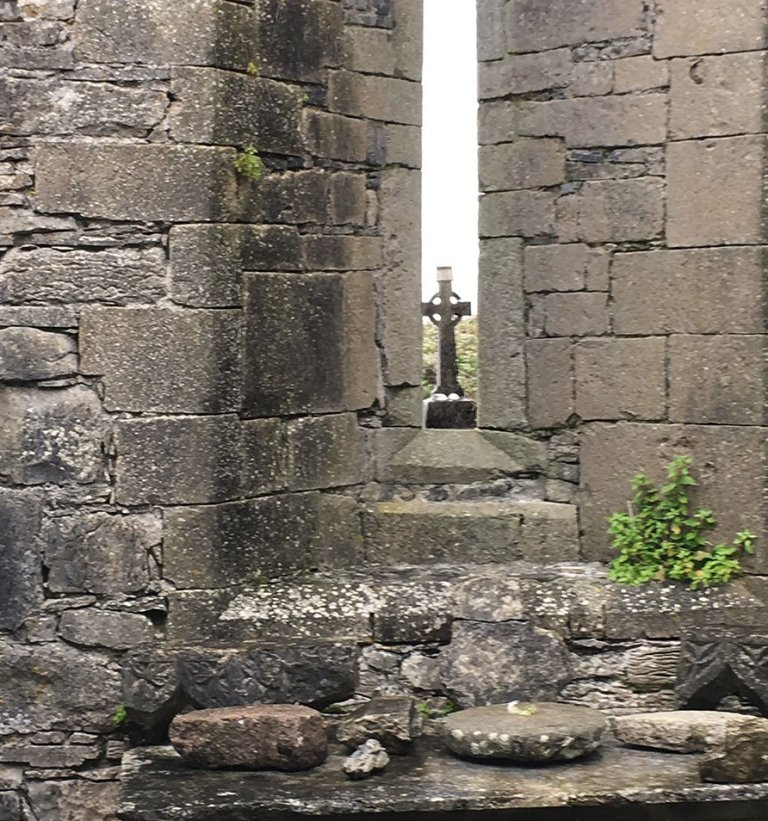 Ireland cross