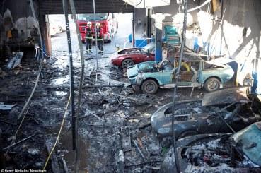 TVR traurige Überreste nach Brand (8)