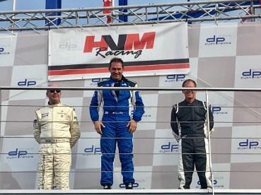 Circuit de Dijon-Prenois Samuel Benz siegt im Tuscan Racer (1)
