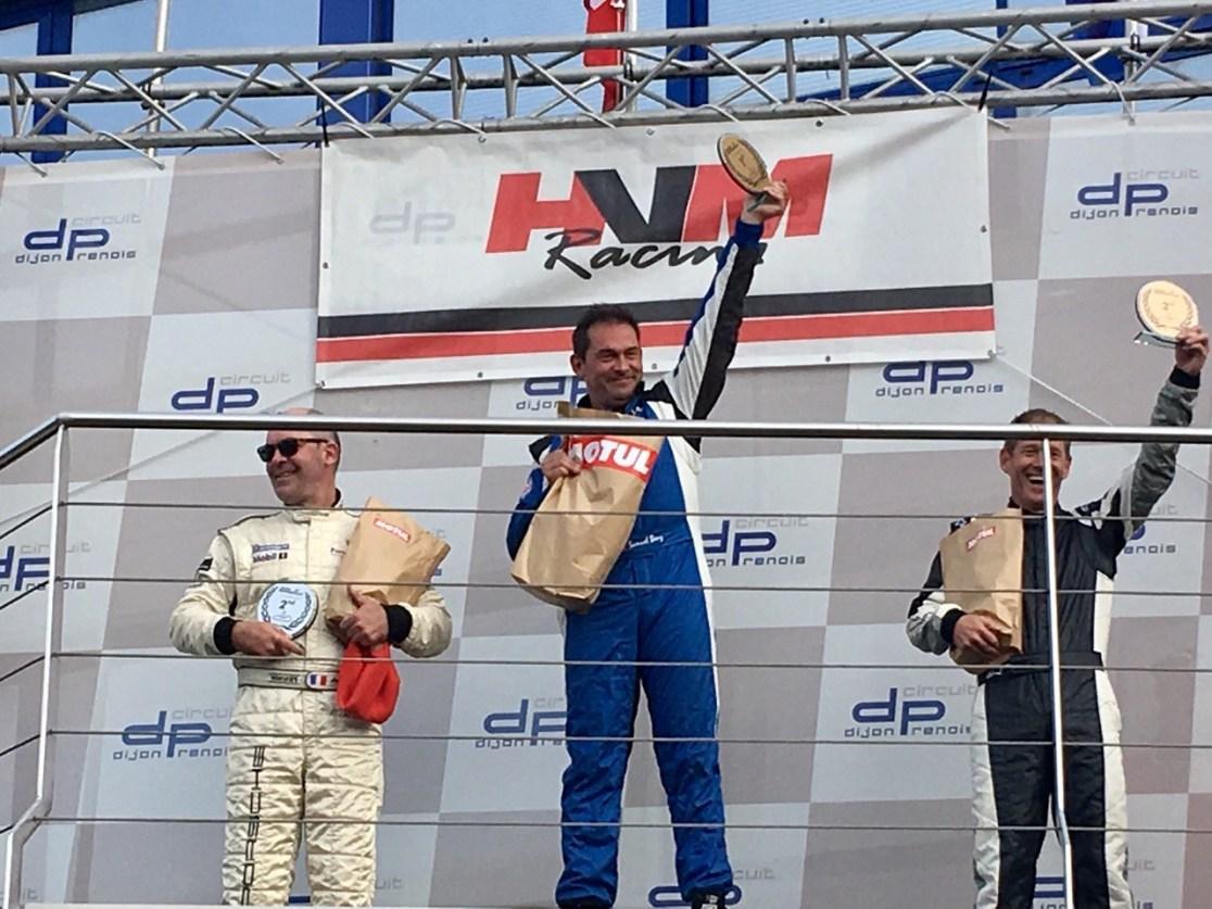 Circuit de Dijon-Prenois Samuel Benz siegt im Tuscan Racer (9)
