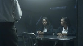 Teen Abbie (Jahnee Wallace, l.) and Teen Jenny (India Scandrick) are interrogated by the police on Sleepy Hollow.
