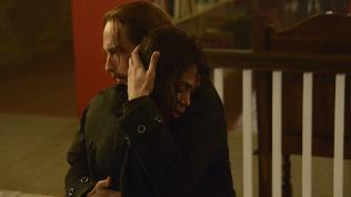 Abbie and Ichabod embrace on Sleepy Hollow