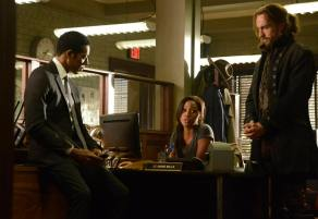 Sleepy Hollow: Captain Irving Abbie Ichabod at the police station