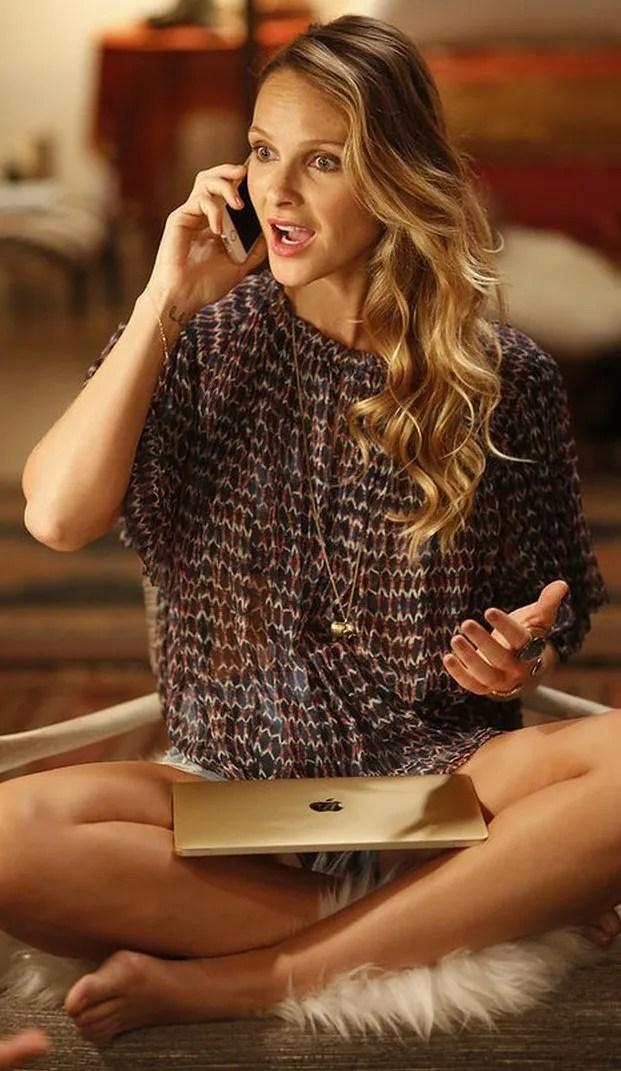 Beau-Garrett-Phoebe-Girlfriends-Guide-To-Divorce |