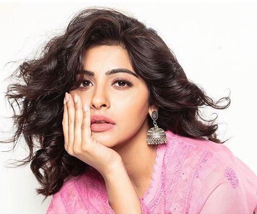 Yukti Kapoor  'Maddam Sir – Kuch Baat Hai Kyunki Jazbaat Hai' SAB TV Show Wiki, Cast, Story,   Actress real name Plot, Time  TvSerialinfo