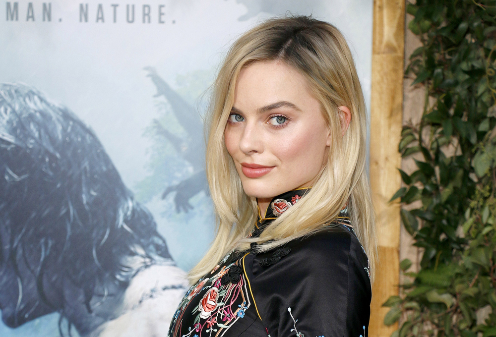 Saturday Night Live Margot Robbie To Host Season 42