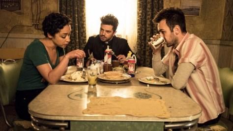 De cast van Preacher S2 met Dominic Cooper, Ruth Negga & Joseph Gilgun