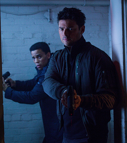 """ALMOST HUMAN: L-R: Dorian (Michael Ealy) and Det. John Kennex (Karl Urban) in the """"You Are Here"""" episode of ALMOST HUMAN airing Monday, Jan. 13 (8:00-9:00 PM ET/PT) on FOX. ©2013 Fox Broadcasting Co. Cr: Liane Hentscher / FOX"""