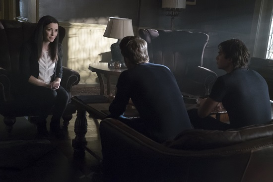 vampire-diaries-707-mommie-01