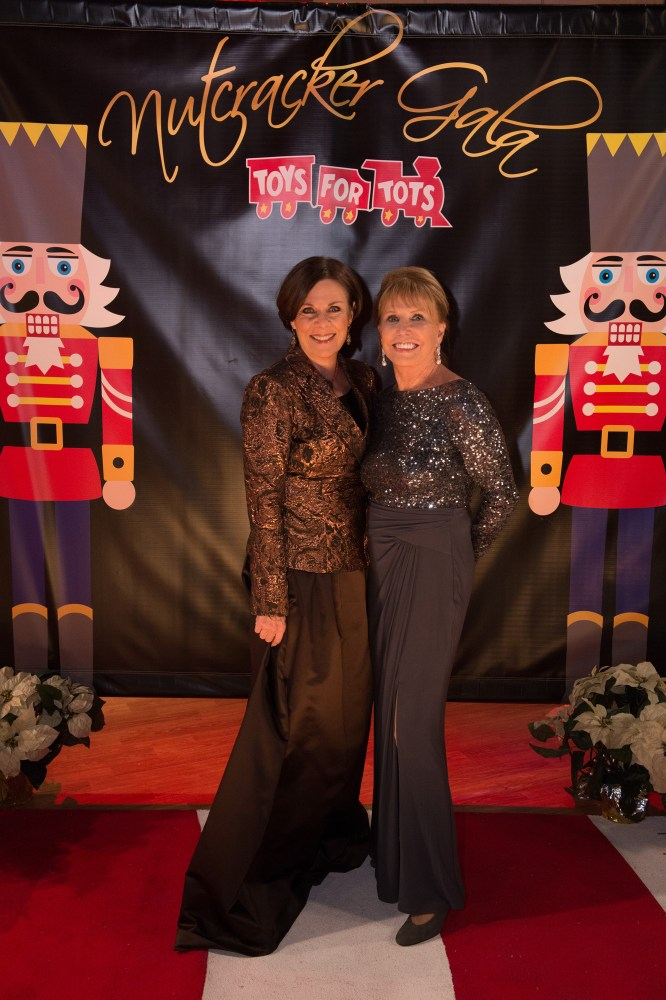 """GENERAL HOSPITAL - """"General Hospital's"""" Nutcracker Gala begins airing the week of December 21, 2015. The Emmy-winning daytime drama """"General Hospital"""" airs Monday-Friday (3:00 p.m. - 4:00 p.m., ET) on the ABC Television Network. Episodic (ABC/Todd Wawrychuk) JANE ELLIOT, LESLIE CHARLESON"""