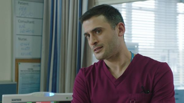 gallery-1465825939-soaps-holby-city-marc-elliott-isaac-mayfield