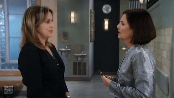 Laura tells Tracy she's over Luke.