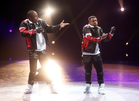 "SO YOU THINK YOU CAN DANCE: Top 6 contestant Kida Burns (R) and all-star Fik-Shun (L) perform a Hip-Hop routine to ""Blow A Check"" choreographed by Luther Brown on SO YOU THINK YOU CAN DANCE airing Monday, August 22 (8:00-10:00 PM ET live/PT tape-delayed) on FOX. ©2016 FOX Broadcasting Co. Cr: Adam Rose"