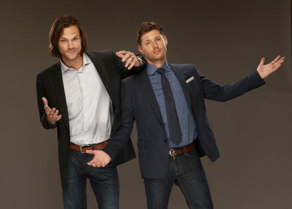 BEVERLY HILLS, CA - JULY 18: CW's 'Supernatural' actors Jared Padalecki (L) and Jensen Ackles pose for a portrait during the CW and Showtime's 2014 Summer TCA Tour at The Beverly Hilton Hotel on July 18, 2014 in Beverly Hills, California. (Photo by Christopher Polk/Getty Images)