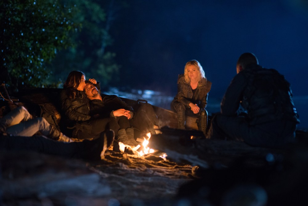 Pictured (L-R): Tasya Teles as Echo, Bob Morley as Bellamy, and Eliza Taylor as Clarke